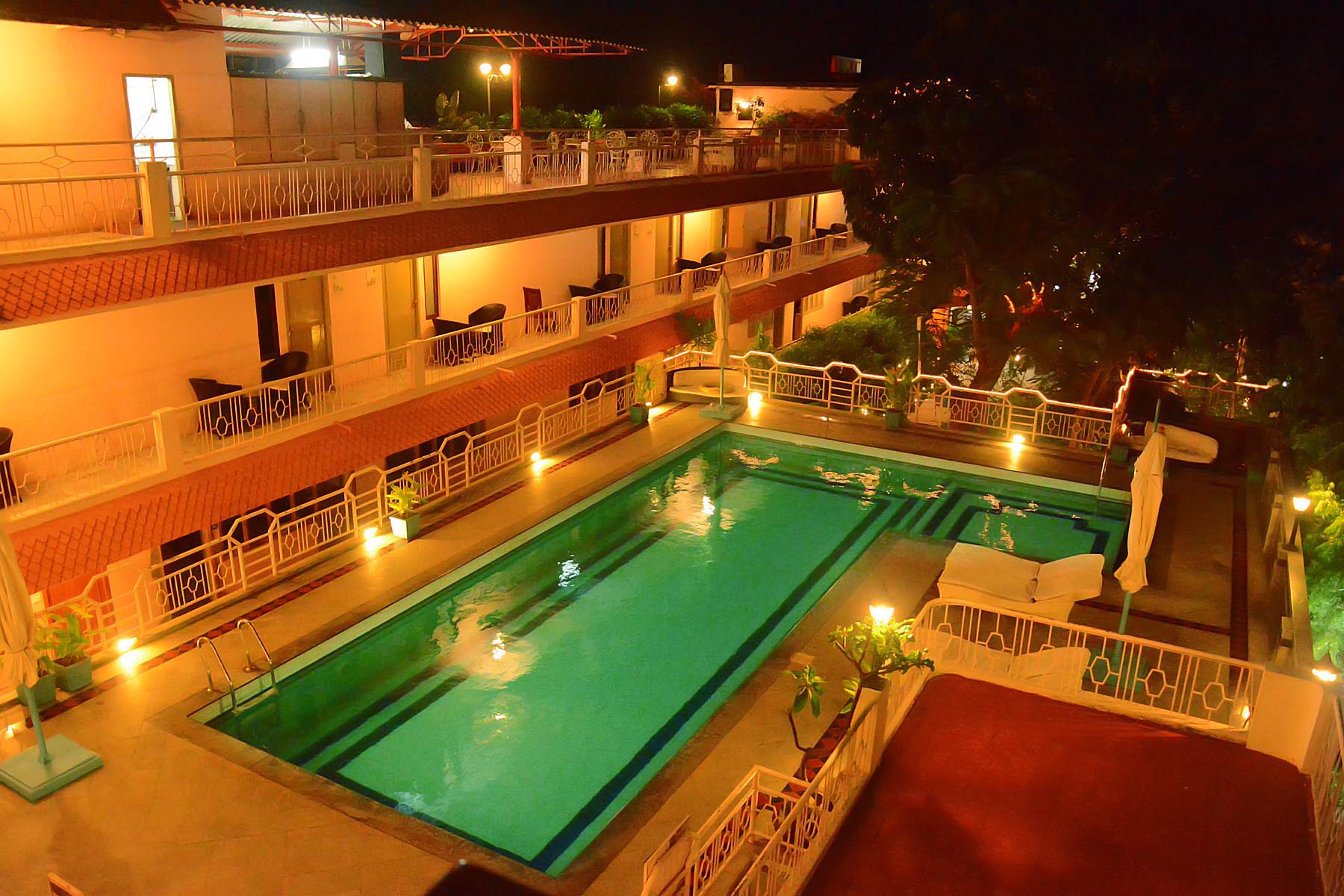 Best cheap budget hotels in mahabalipuram ecr chennai - Resorts in ecr chennai with swimming pool ...